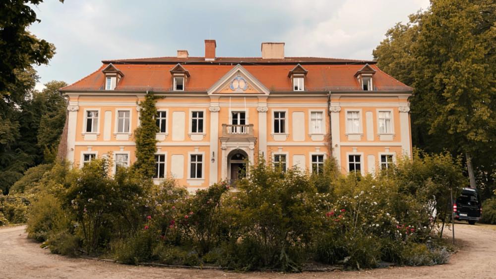 Hochzeitslocation: Schloß Stülpe